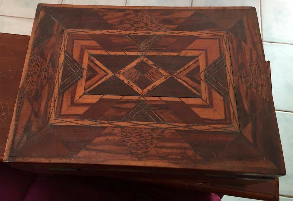 Andrew Craigie inlaid box closed