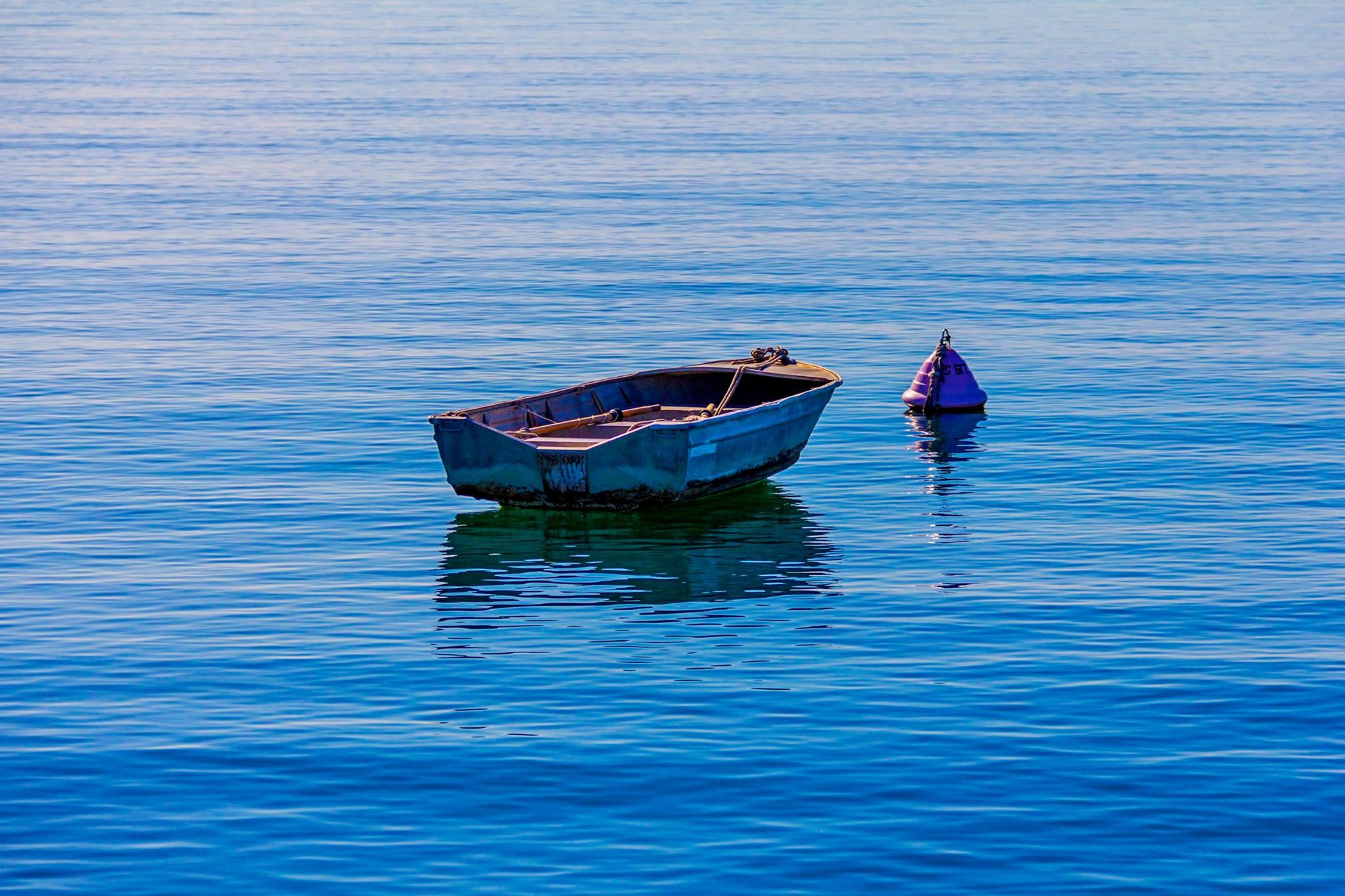 Amanda boat stillness