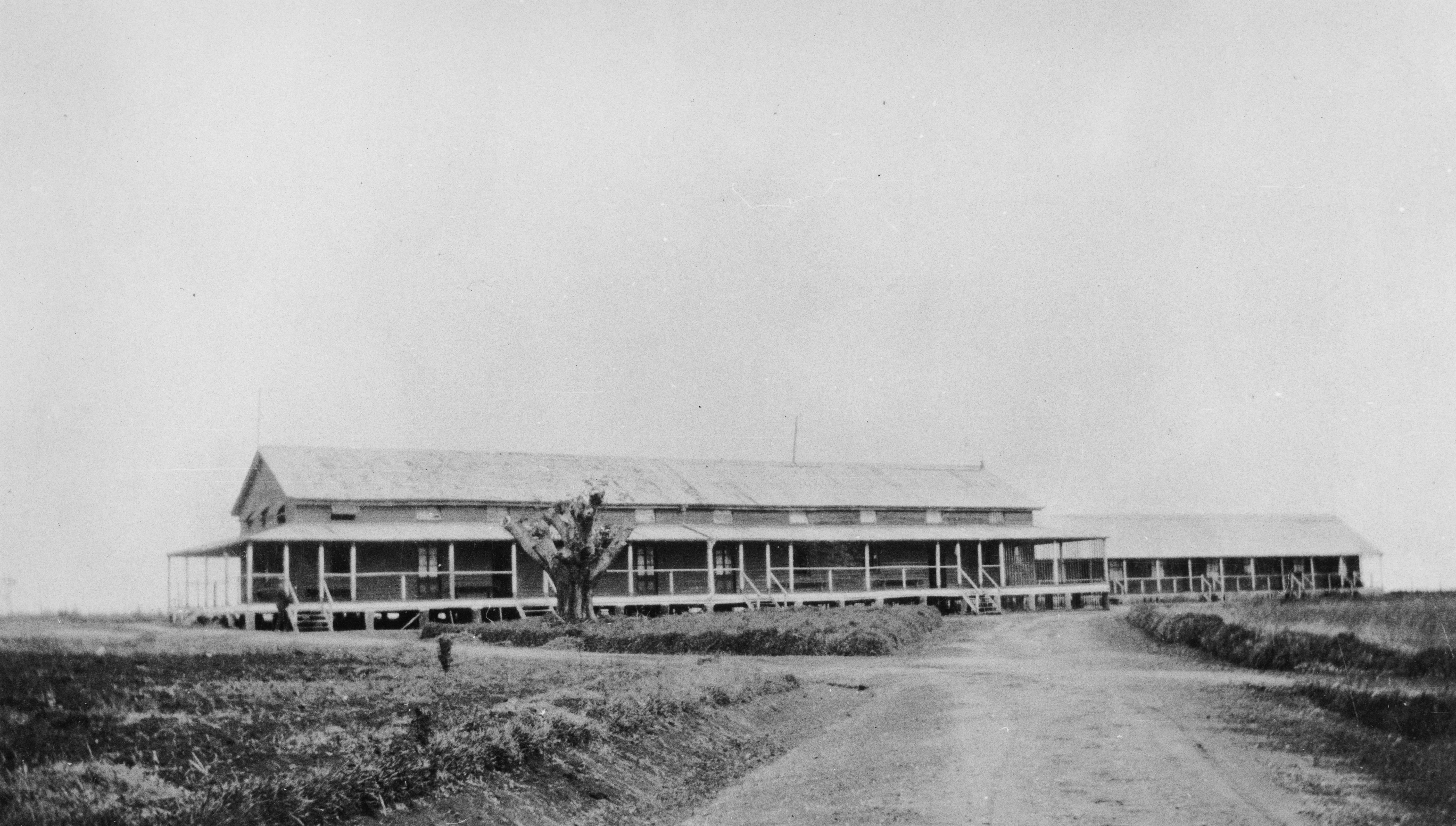 Warders Barracks 1928 SLQ