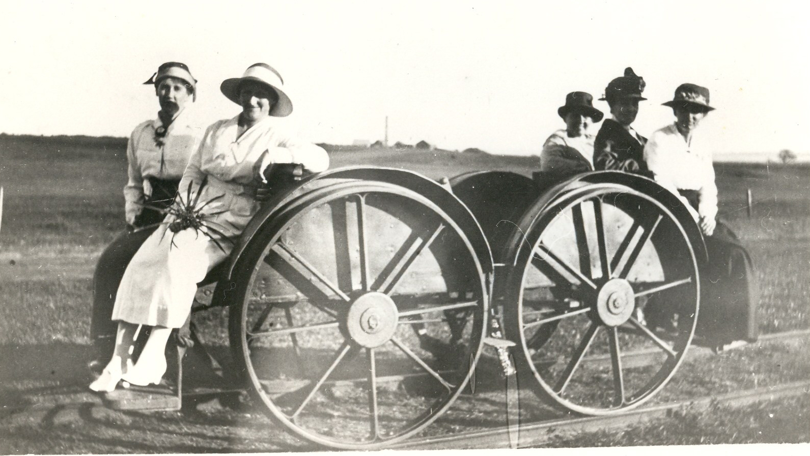 Pearce 46 Kangaroo Cart Individuals Annie Grace Unknown Mary AnneTot